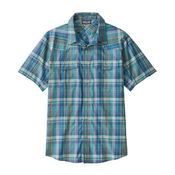 Plaid short-sleeved collard men's shirt.