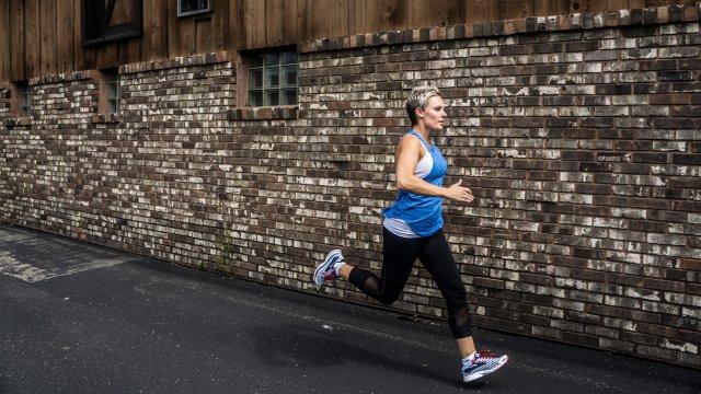 Alisha Perkins running.