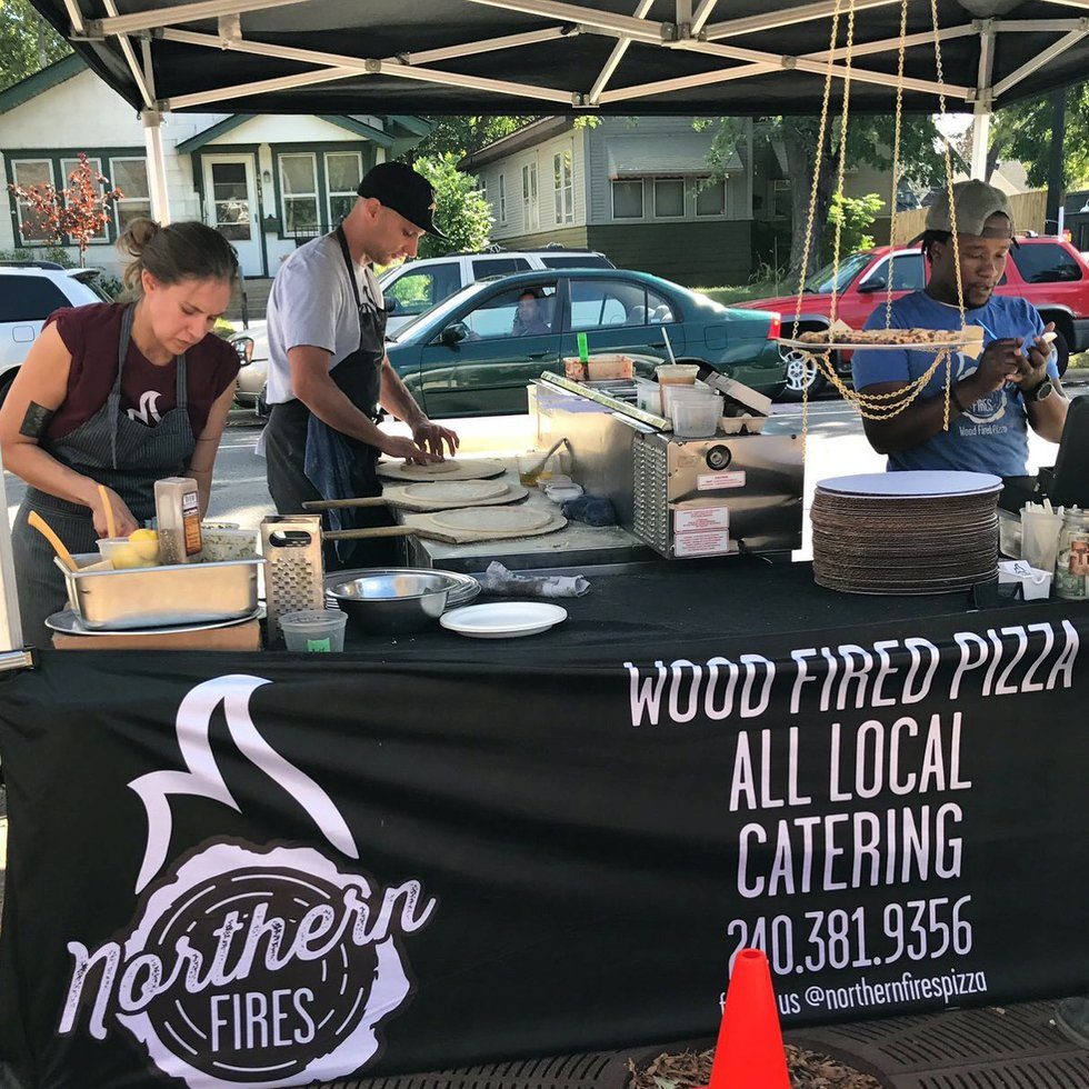 Northern Fires Pizza food truck.JPG