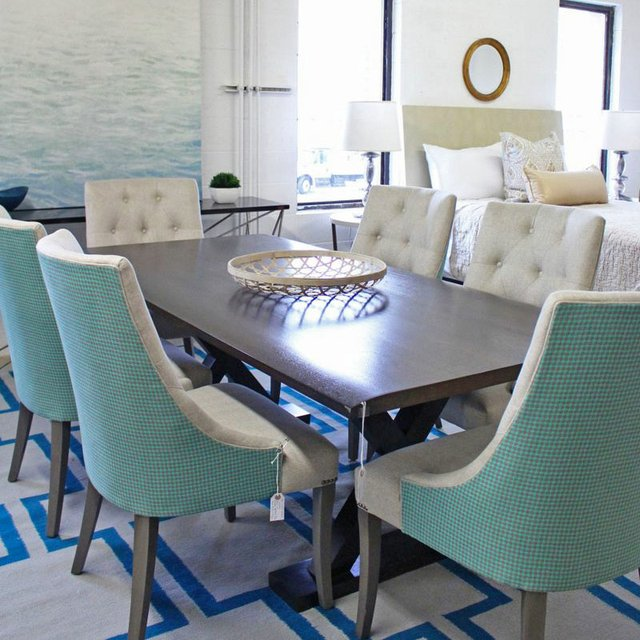 Martha O'Hara Interiors - The Mezz Dining Vignette