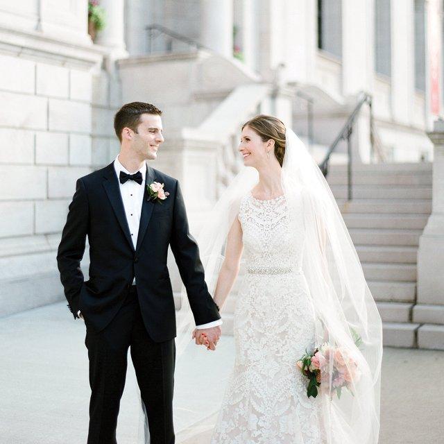 katie-&-ben-holding-hands.jpg