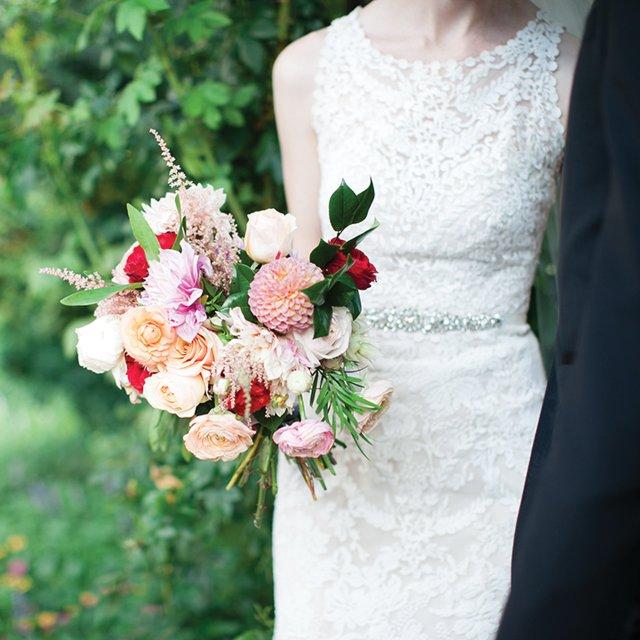 katie-&-ben-holding-bouquet.jpg