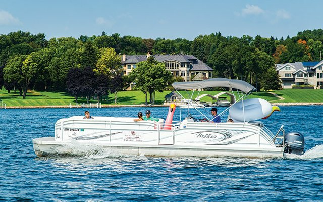 Pontoon boat on Lake Minnetonka