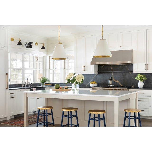 Shady-Ln-kitchen.jpg