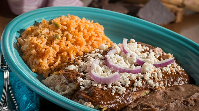 Enchiladas Mole.jpg