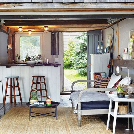 Mexican beach cabin Airbnb in Minnesota