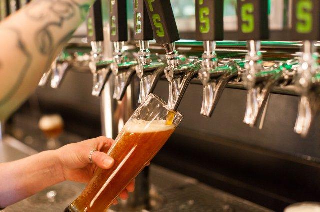 Beer at Hoops Brewing in Duluth Minnesota