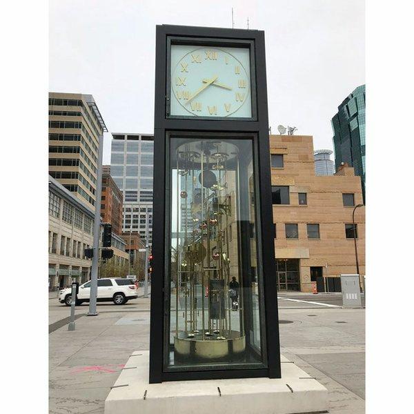 Sculpture-Clock-ol.jpg