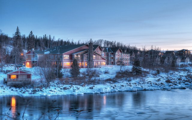 Cove Point Lodge in the winter