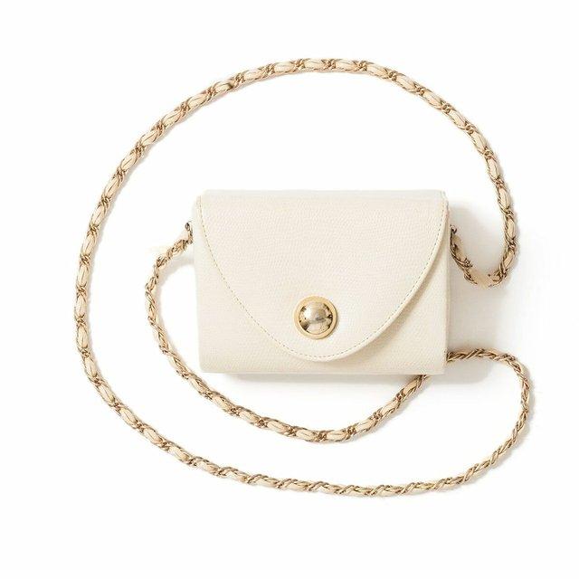 white purse.jpg