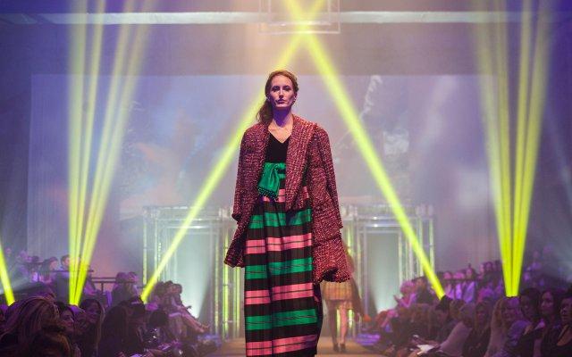 Fashionopolis880.jpg
