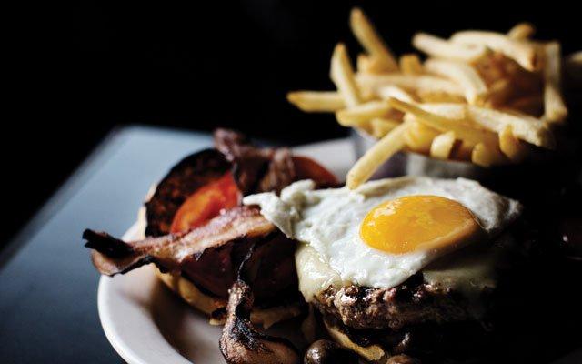 0813_burgermadness_c02_s13.jpg