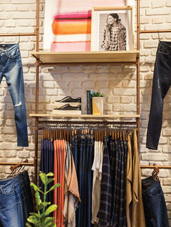 Evereve store