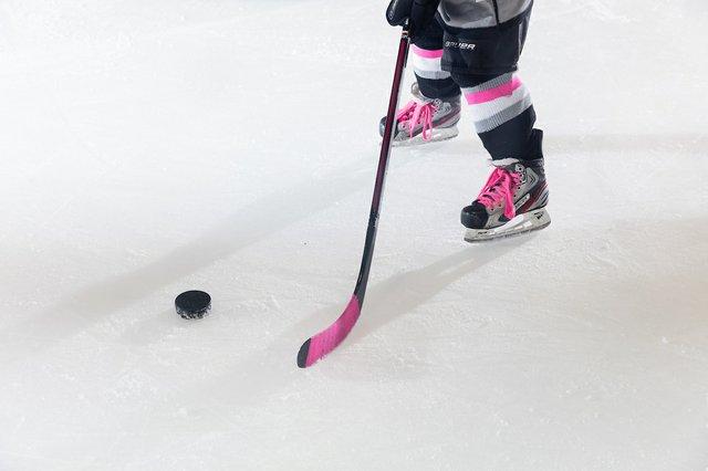 181117_MplsHockey_0643T.jpg