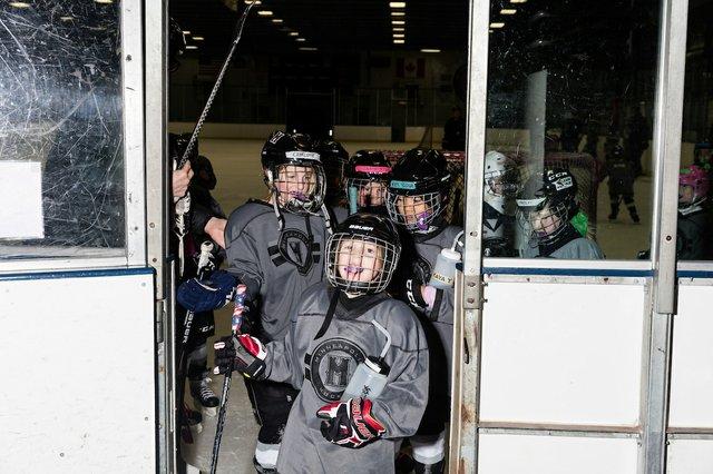 181117_MplsHockey_0697T.jpg