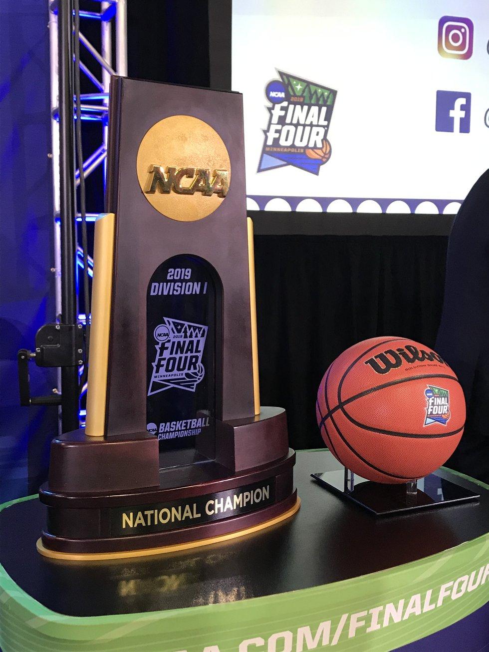2019 NCAA MEN/'S FINAL FOUR BASKETBALL COLLECTORS BUTTON