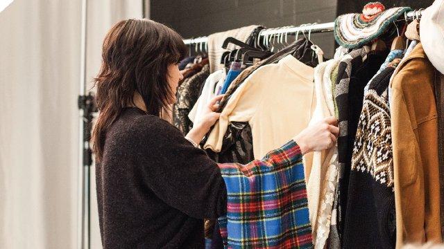 2: Shelly Mosman wardrobe