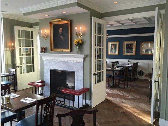McCormick's Restaurant & Pub
