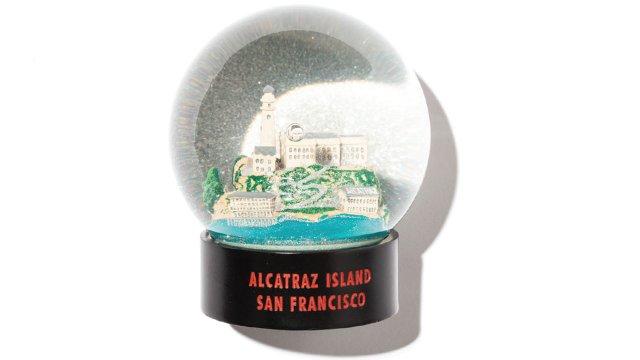 Alcatraz snow globe
