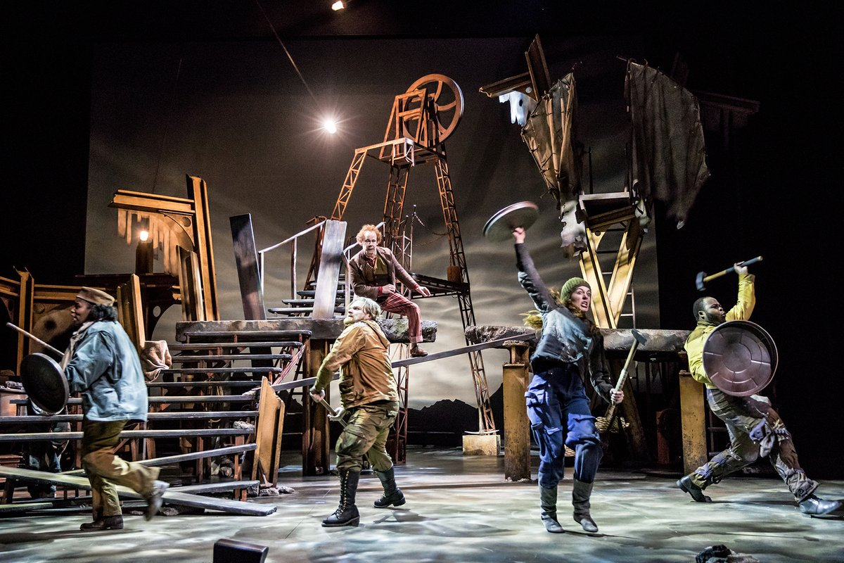 The Hobbit at the Children's Theatre Company