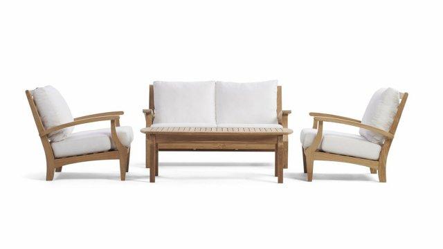 """Yardbird """"Winnie"""" Couch"""