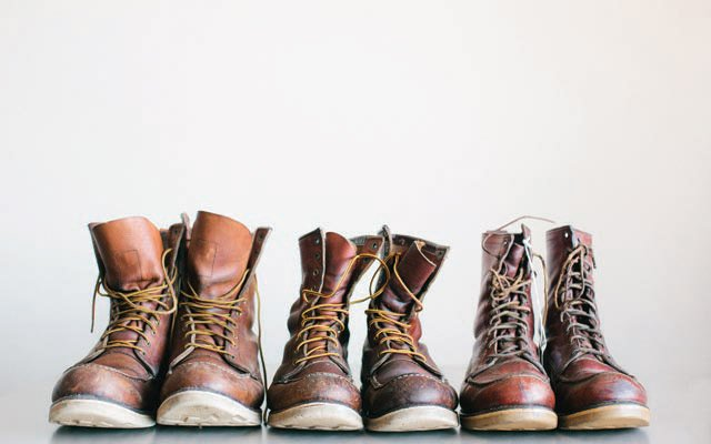 Three generations of Red Wings 872s.