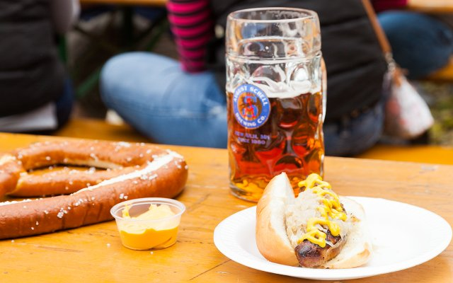 Beer and brat at Schells Brewing Co.