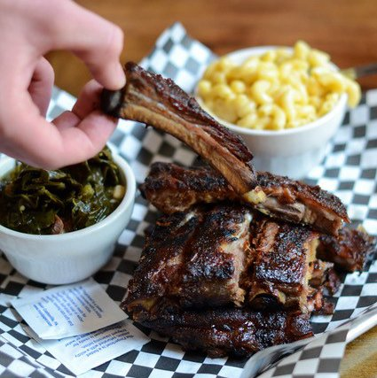 ribs with corn and spinach