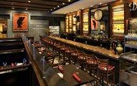 the bar inside salut