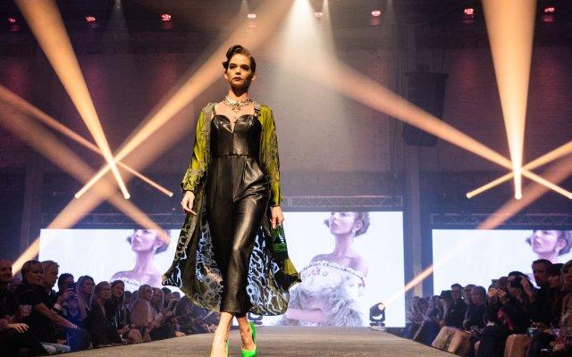 Abrams_Fashionopolis2019-5384.jpg