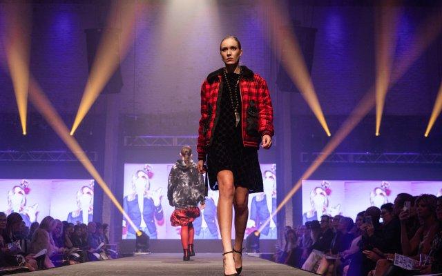 Abrams_Fashionopolis2019-5840.jpg
