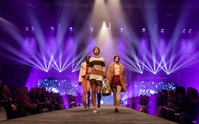 Abrams_Fashionopolis2019-5985.jpg