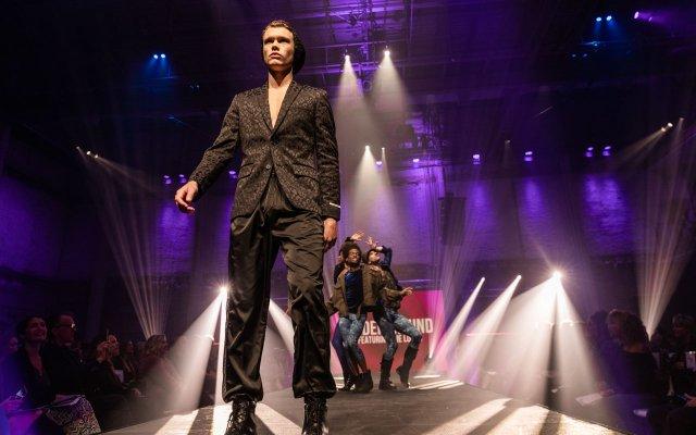 Abrams_Fashionopolis2019-5904.jpg