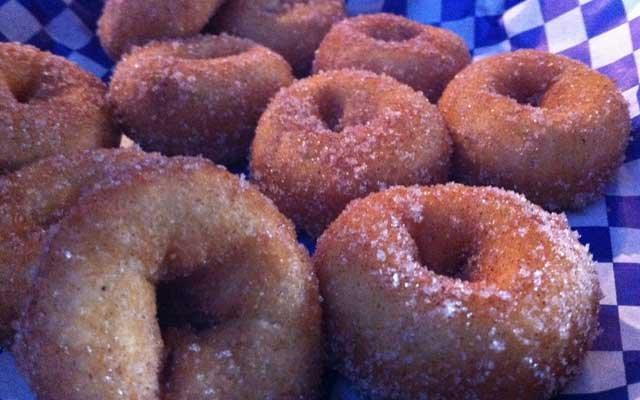 Saloon-Donuts_640.jpg