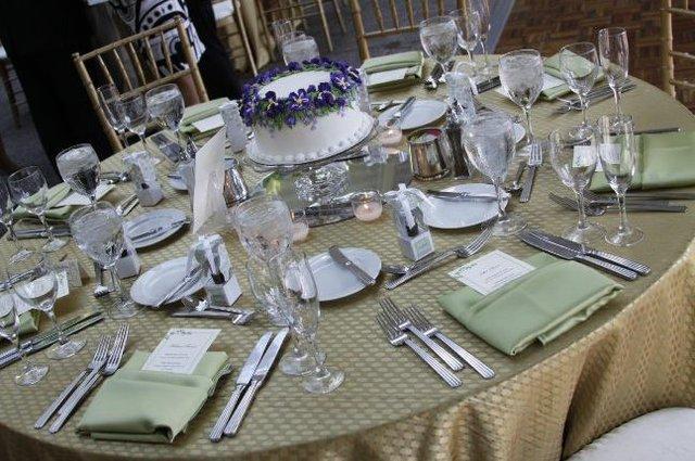 Wedding-cake-centerpieces2.jpg