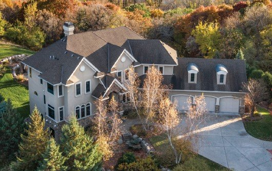 Eden Prairie Home overlooking Minnesota River Valley
