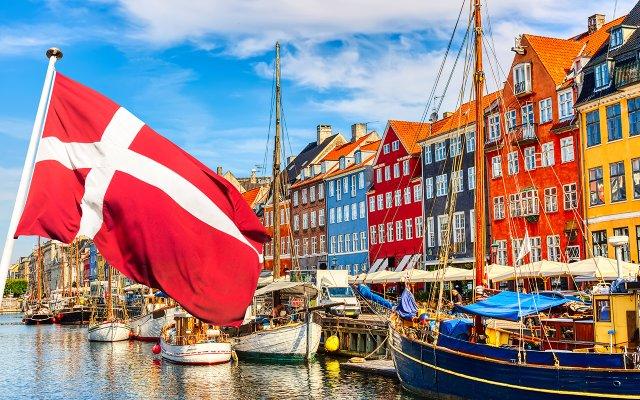 Copenhagen with Denmark Flag