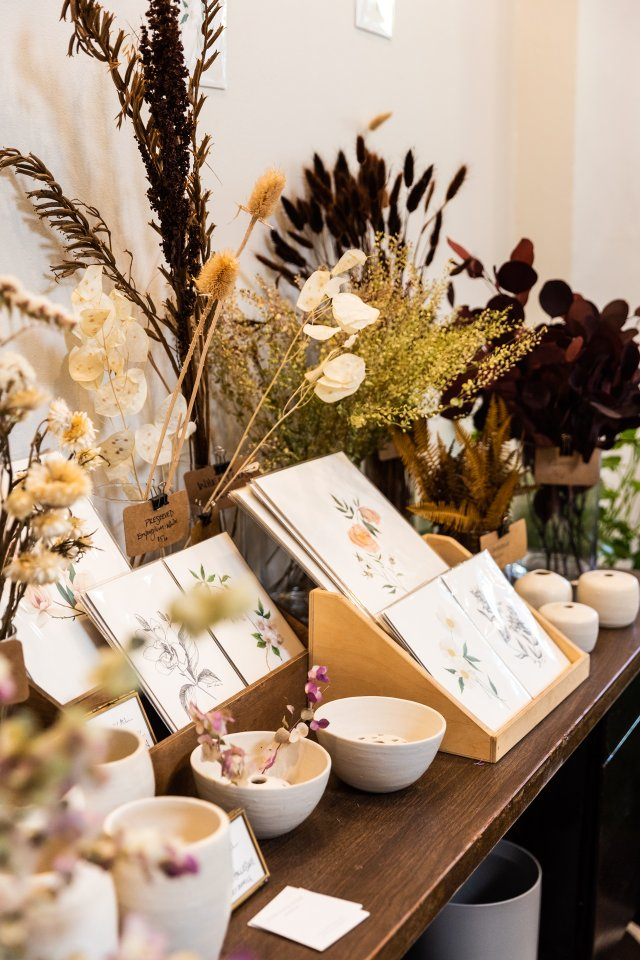 Display of candles and stationery at Ergo