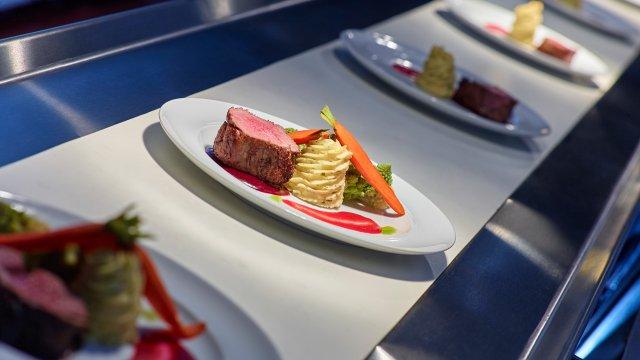 Steak dinner at Mystic Lake Center®