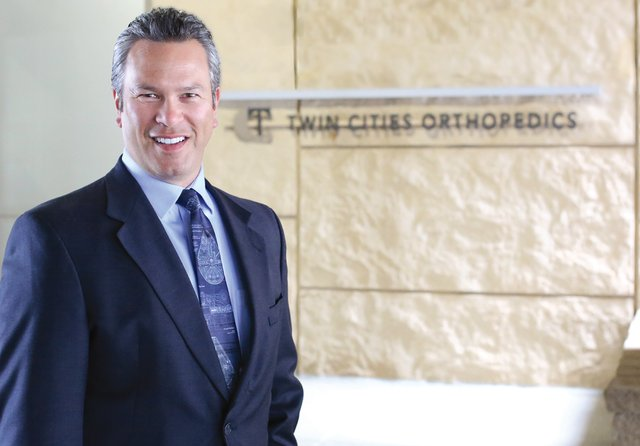 Dr. Hunt at Twin Cities Orthopedics