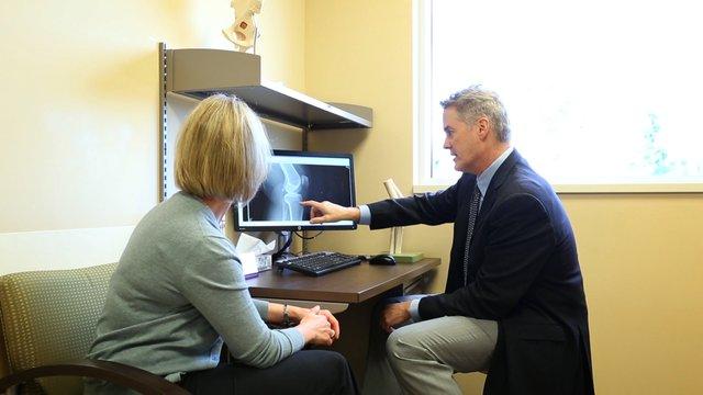 Consultation at Summit Orthopedics