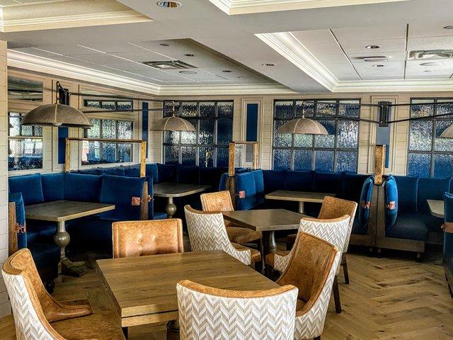 Scarlet Kitchen & Bar Interior seating