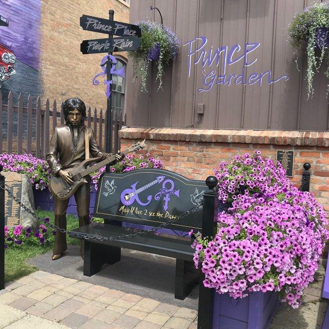 Prince Statue Henderson
