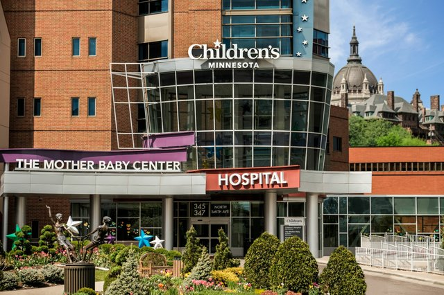 Children's Minnesota - St. Paul Hospital Exterior