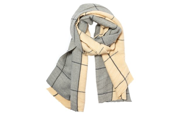 Oversize scarf by Look by M