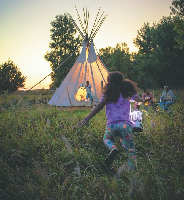 Teepee camping in Blue Mounds State Park
