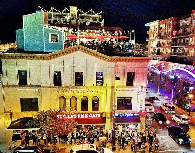 View of restaurant exterior