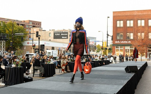 Abrams_Fashionopolis2020-0332.jpg