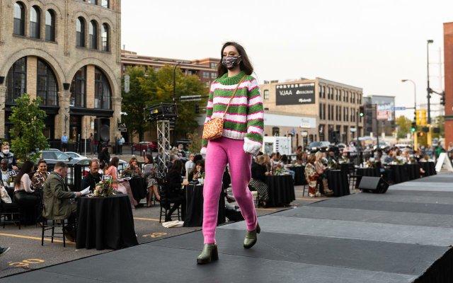 Abrams_Fashionopolis2020-0462.jpg