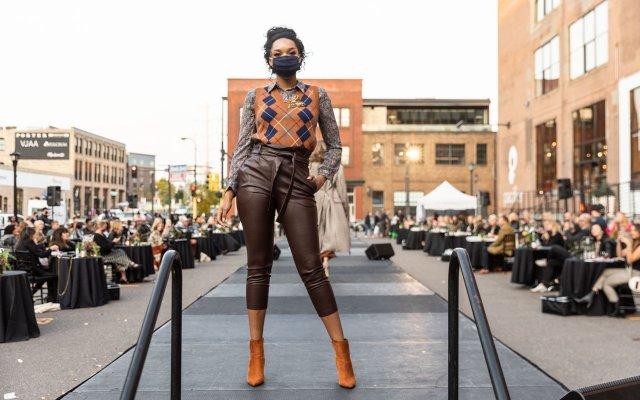 Abrams_Fashionopolis2020-0032.jpg
